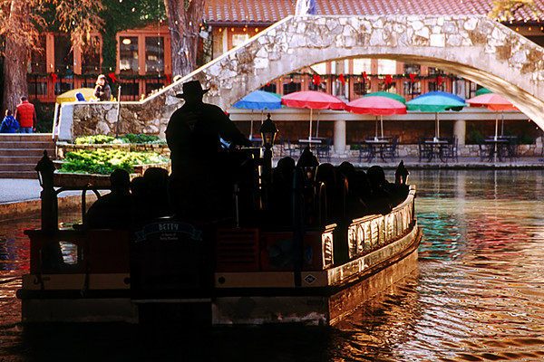 1996 TX River walk boat in San Antonio